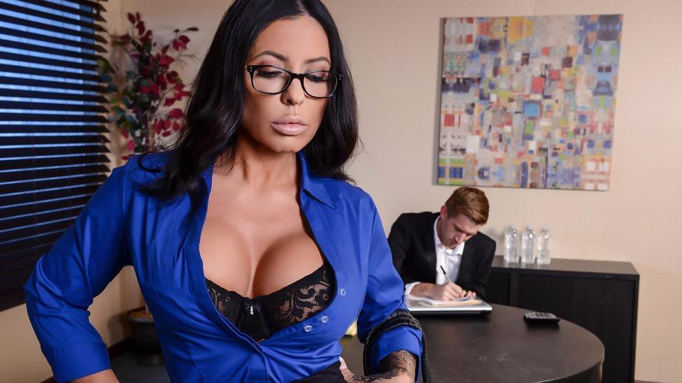 Pornstar Simone Garza Porn Videos Full